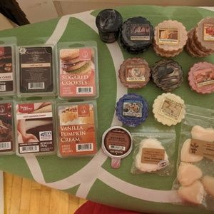 Yankee Candle Other - 🕯️🕯️ HUGE LOT of wax melts ALL NEW